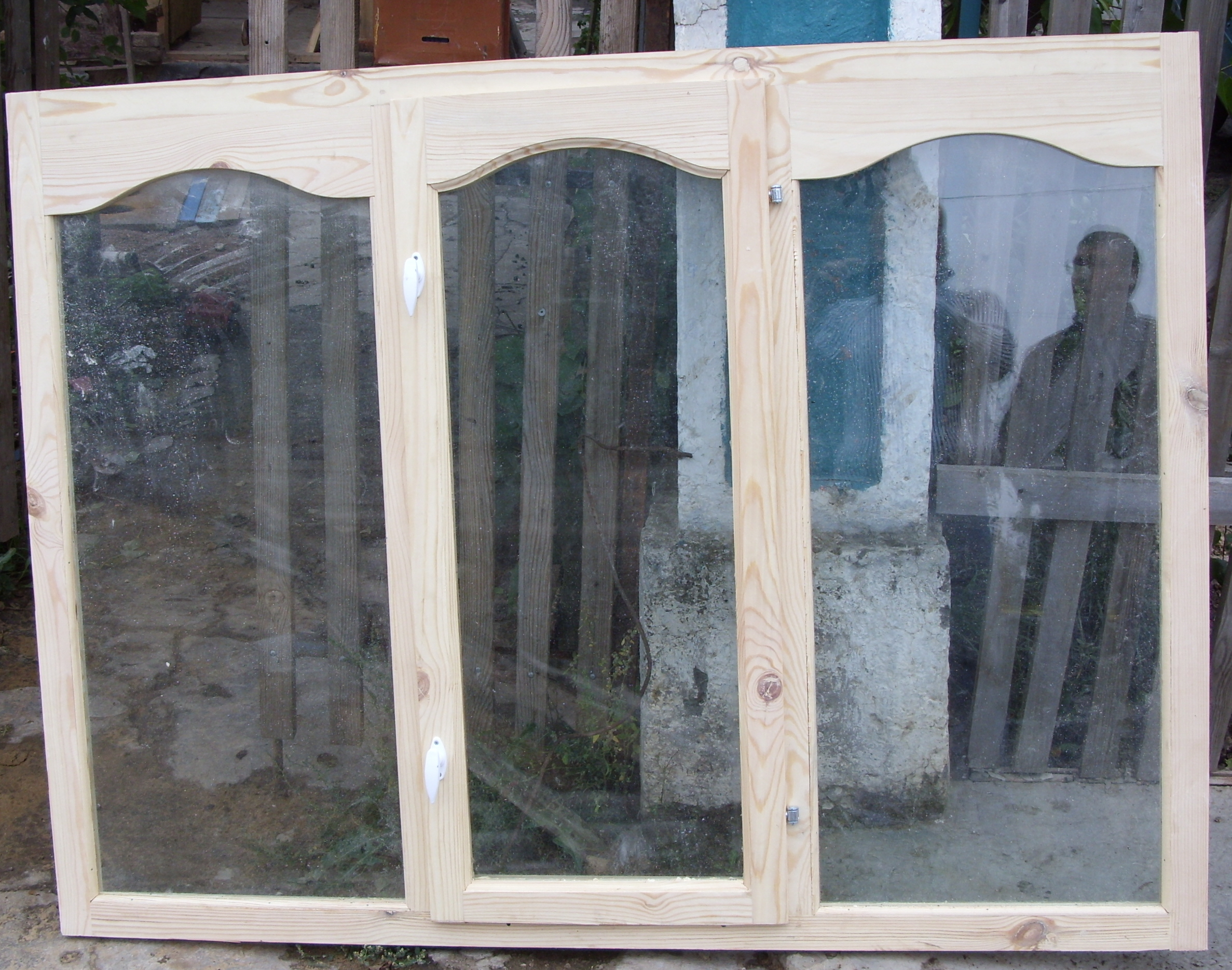 Балконная деревянная рама