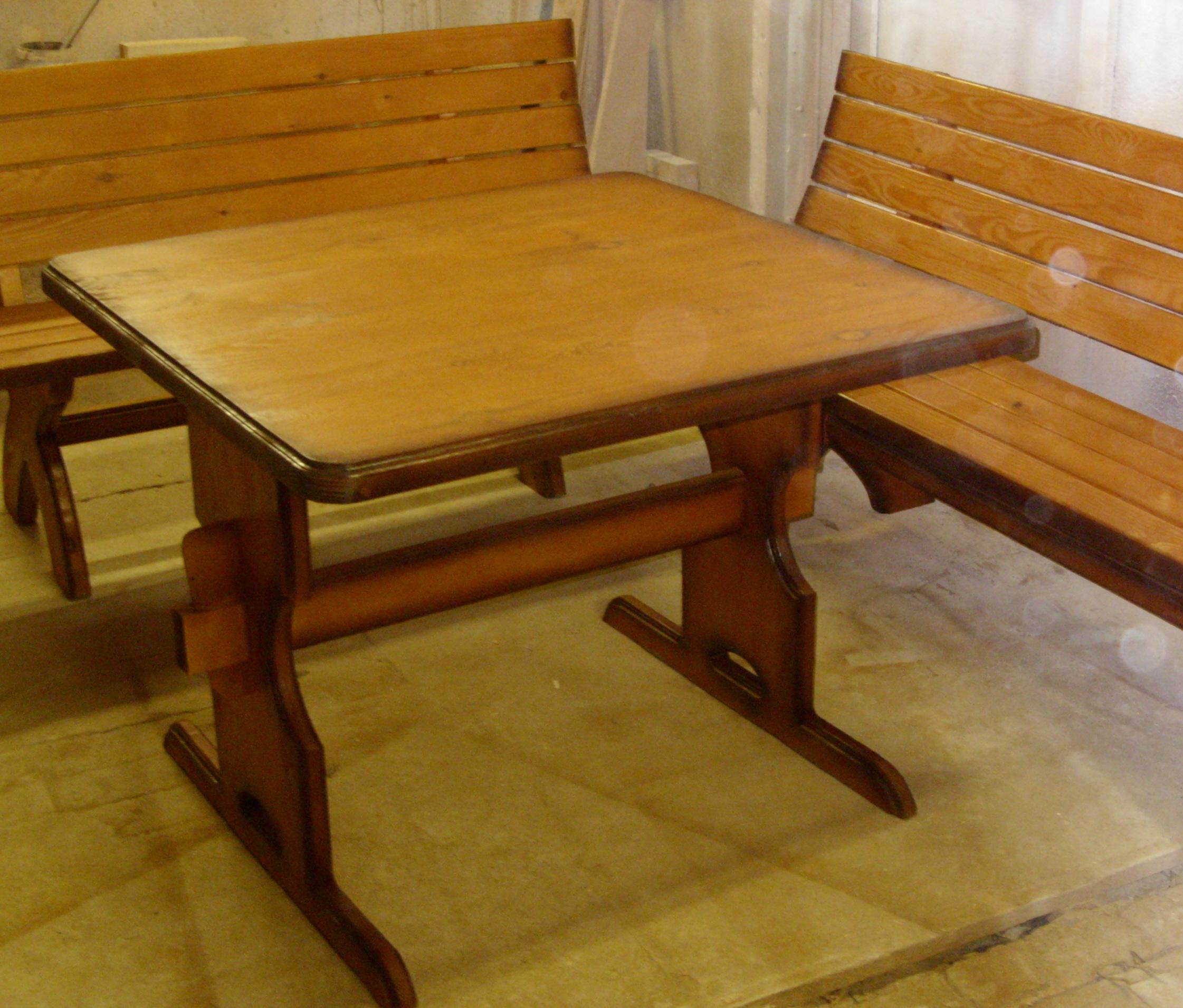 Дачный комплект (стол, лавки)