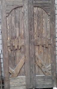 Дверной блок (двойной) из состаренного дерева