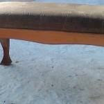 Банкетка из дерева