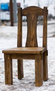 Стул деревянный состаренный