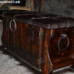 Сундук деревянный брашированный