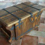 Сундук деревянный из состаренной сосны